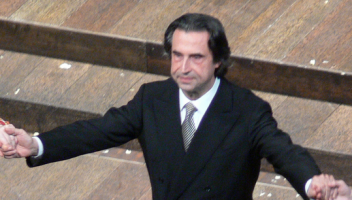 Riccardo Muti wird 75. Foto: Andreas Praefcke (Own work) [GFDL (http://www.gnu.org/copyleft/fdl.html) or CC BY 3.0 (http://creativecommons.org/licenses/by/3.0)], via Wikimedia Commons